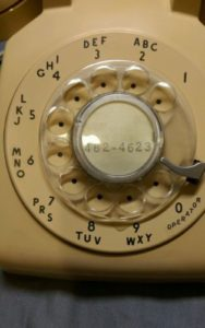 vintage-1957-bell-system-western-electric-c-d-500-telephone-with-four-prong-jack-73b9627185304e8ddc301dbb7bc5435e